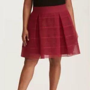 Torrid 4 At Knee Flare Skirt 10904466 Flowy Stripe